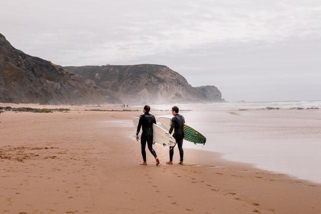 surfer-4309020_1280
