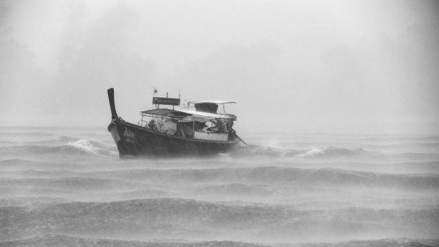 boat-962791_1280